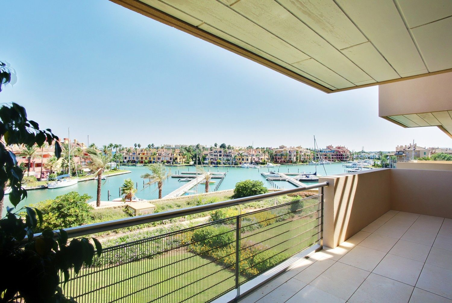 Apartment available for long term rental in Ribera del Marlin
