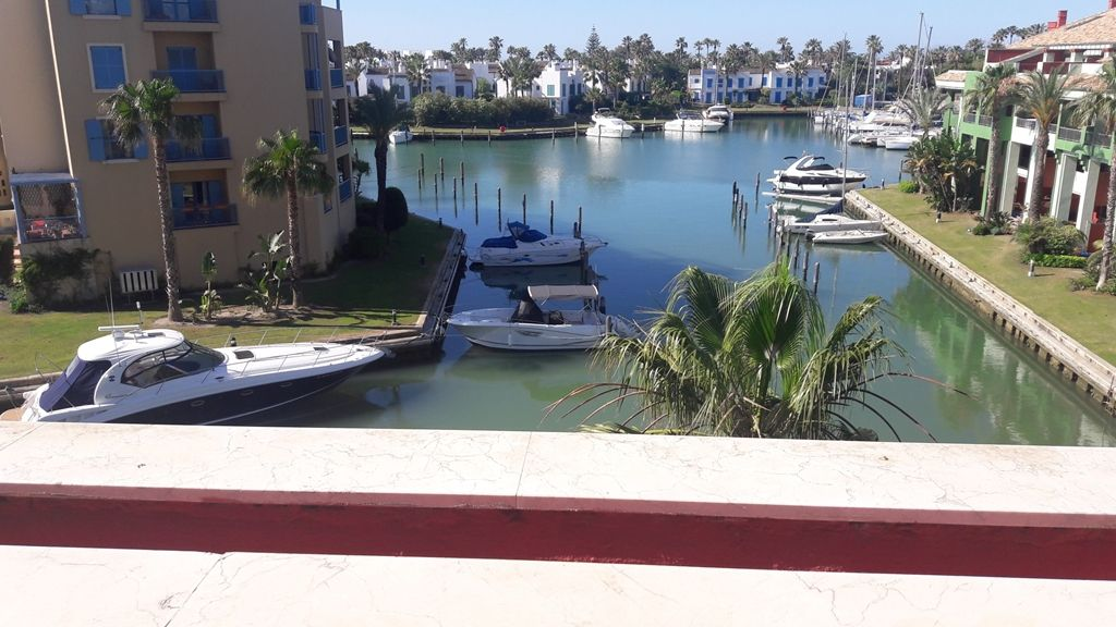 Exclusive penthouse for sale in Sotogrande marina