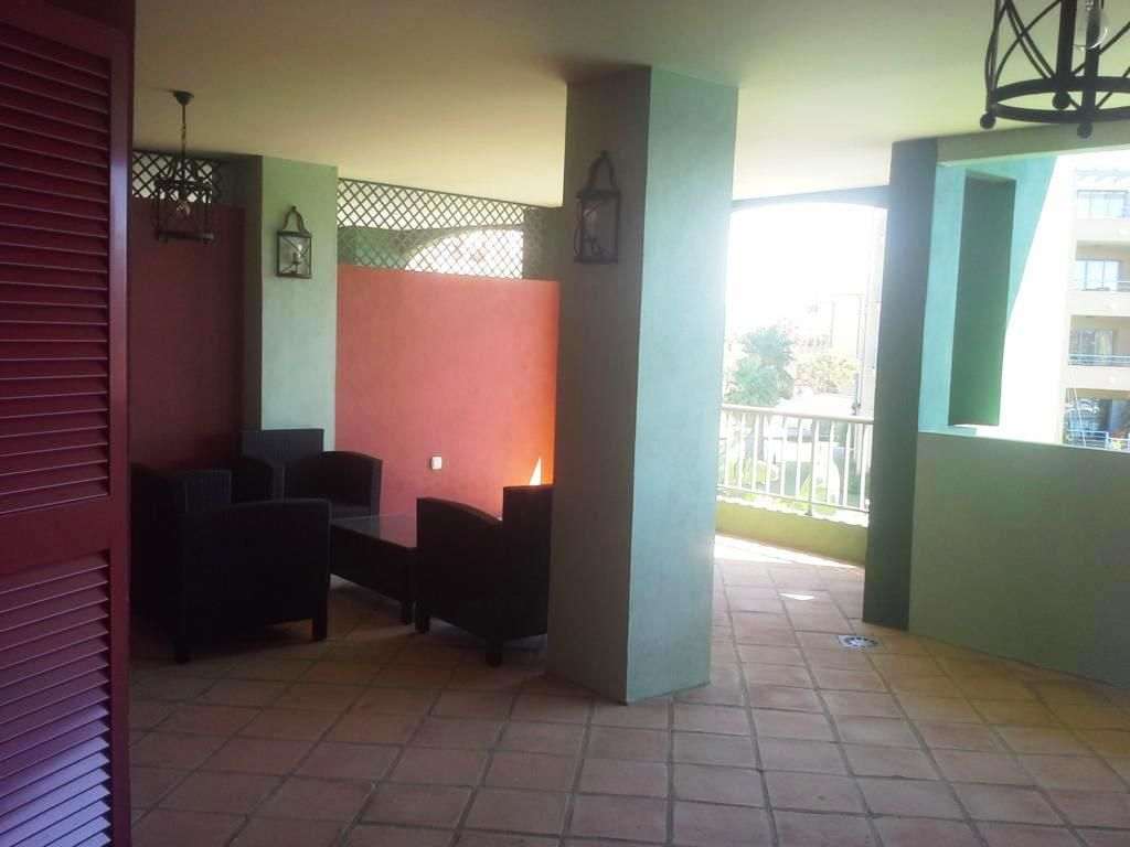 Nice two bedroom apartment in Sotogrande marina
