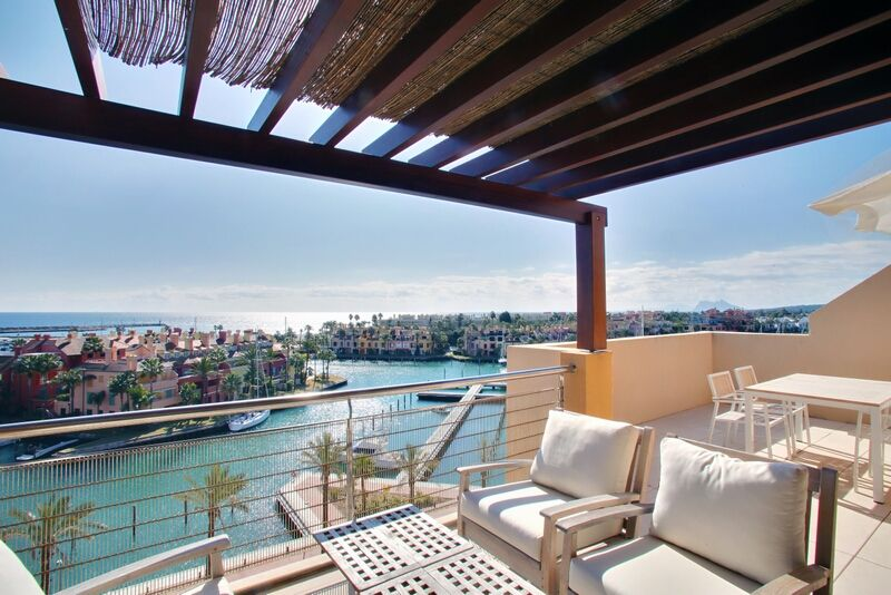 Penthouse in Ribera del Marlin available for long term rental