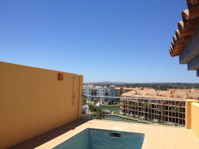 Penthouse in Sotogrande marina with private pool